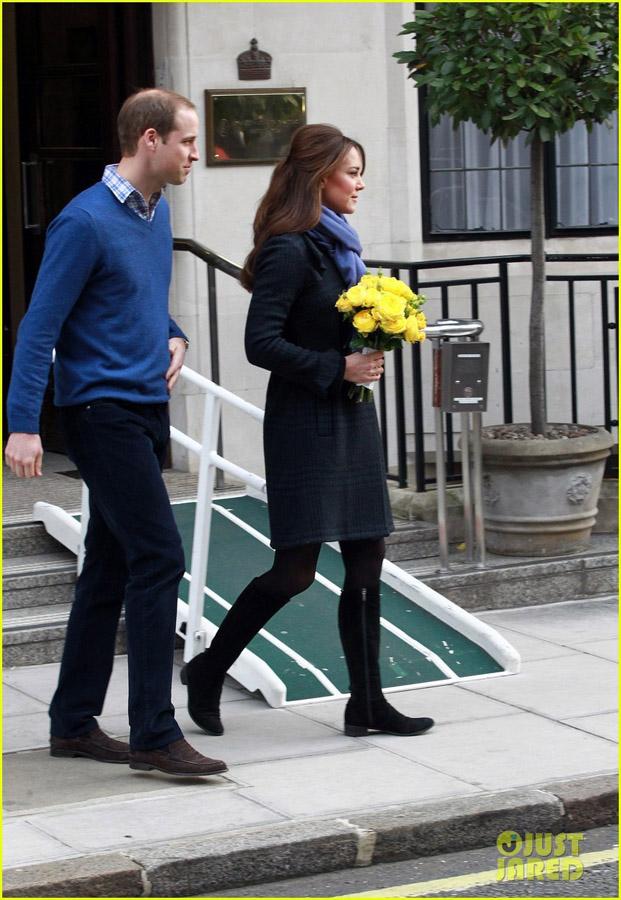 威廉王妃凯特怀孕_凯特王妃怀孕后首亮相威廉王子亲密护驾_娱乐_环球网