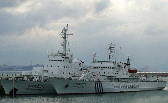 海监111与112船,海监111船原为海军海冰723号破冰船。