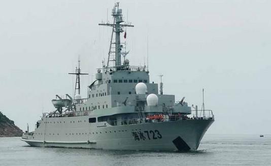海监111原为海军海冰723号破冰船。