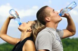喝水也会发胖的真相