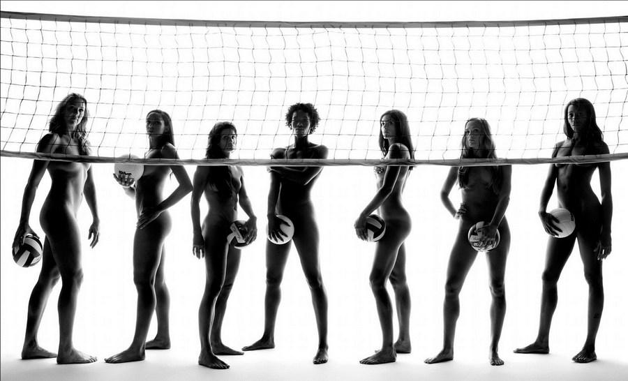 ESPN专刊写真 众美女全裸出镜