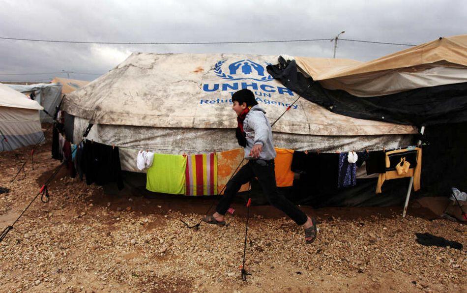 雪上加霜 难民营 暴风雨 叙利亚/叙利亚难民营因暴风雨雪上加霜(20/20)