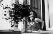 观念摄影:超现实黑白自拍