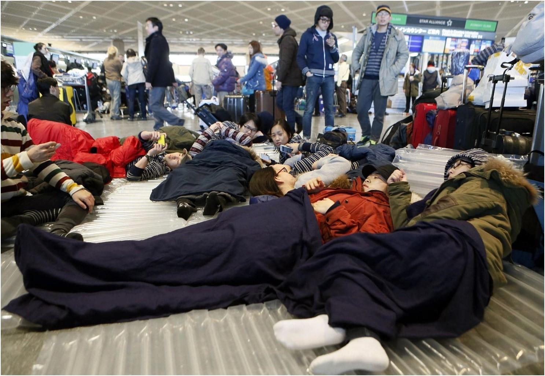 「滯留機場」的圖片搜尋結果