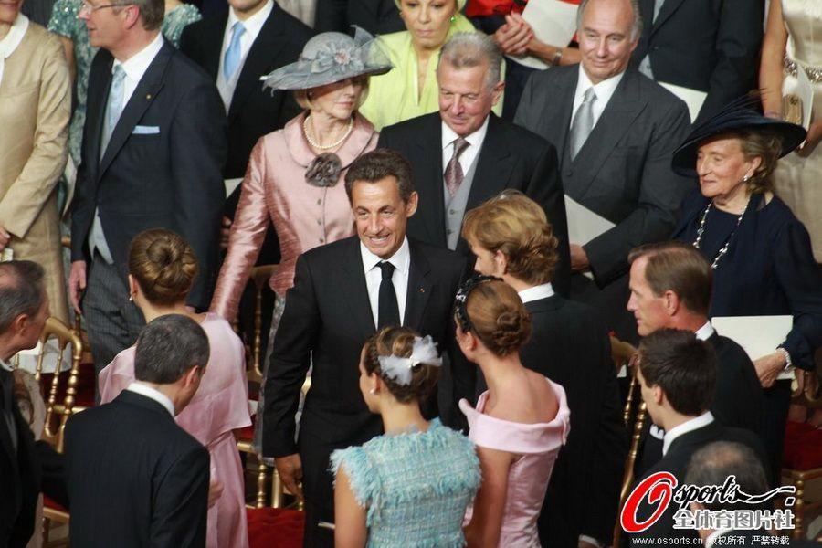 嫁富豪不如嫁高官 盘点联姻红色贵族体坛女星