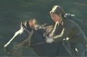 朝鲜女骑兵震撼亮相一展英姿