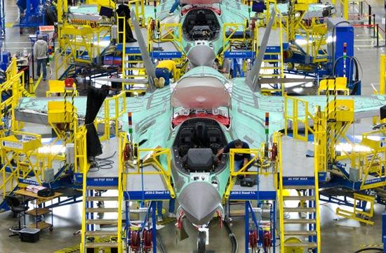 洛马公司组装F-35厂房内部