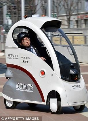 日本研制单座机器人电动车:可自动驾驶 科技 环球网