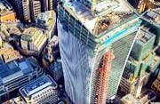 航拍伦敦摩天大楼拔地而起壮景