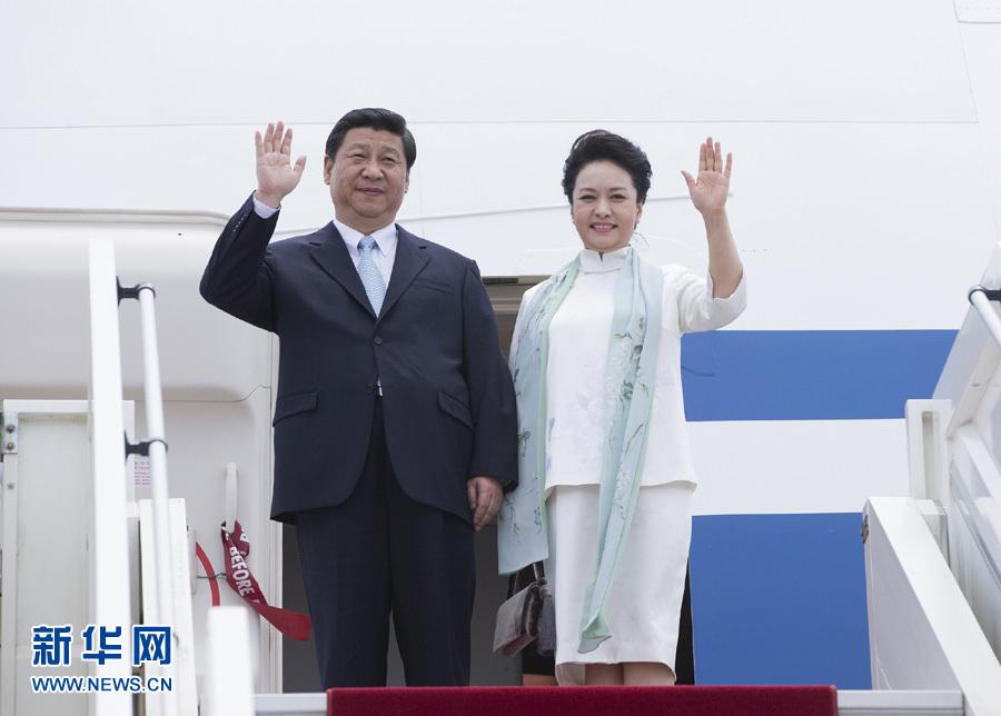 3月29日,國家主席習近平抵達布拉柴維爾,開始對剛果共和國進行國事訪問。