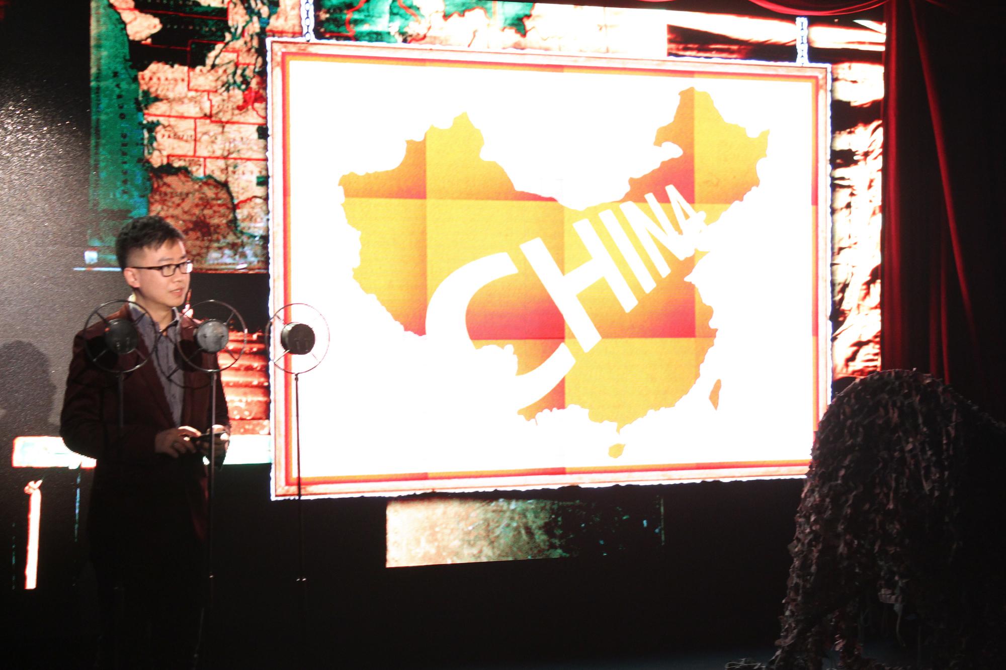 mini代表-mini中国品牌管理副总裁朱江先生致欢迎词高清图片
