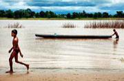 途经六国的湄公河畔居民生活