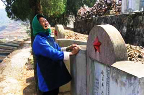 清明,那些远方的墓碑