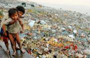 世界污染最严重的圣河:印度恒河