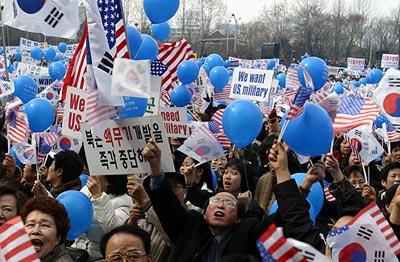 韩国人痛哭流涕挽留美国驻韩军队