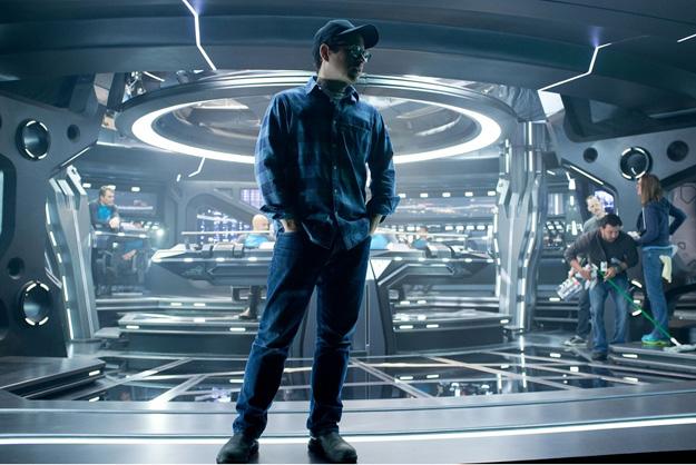 星际迷航12_《星际迷航》上映在即 高清剧照曝光_娱乐_环球网