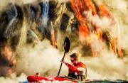 自然风光:活火山皮艇运动