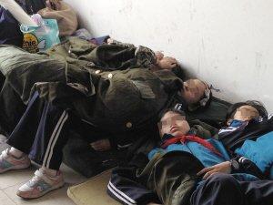 杭州小学生运动会入场式一小时内20人晕倒(图)
