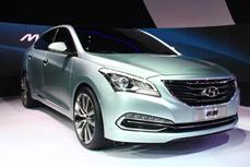 北京现代新车盛装亮相