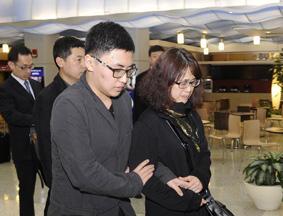 遇难中国留学生家人抵美