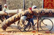 走进印度手工地毯编织业中心