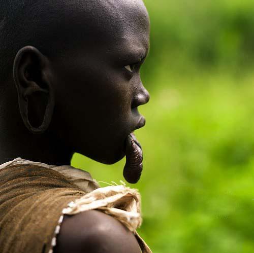 国内资讯_非洲原始部落的奇特风俗_旅游_环球网