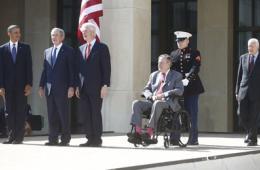 美国5位在世总统聚首