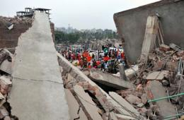 孟加拉大楼倒塌死亡人数升至352人 2500多人伤