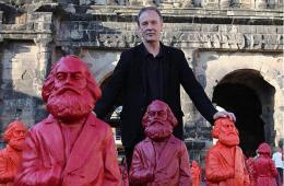 德国特里尔现500座马克思像 纪念其诞辰195周年