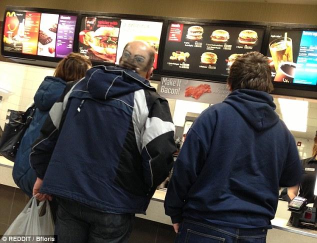 组图:全美麦当劳的奇葩搞怪瞬间