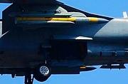 飞豹战机挂载YJ91导弹