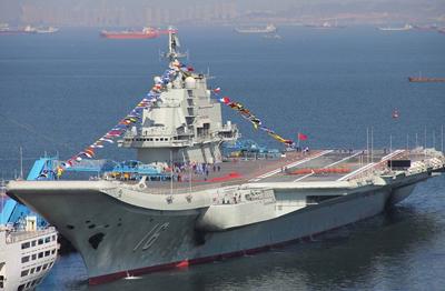 中国第一艘航空母舰已经服役