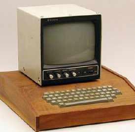震惊!苹果第一代电脑拍出67万美元惊世价格图片