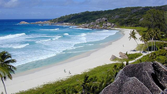 纵观世界!盘点全球最美最舒适的10个沙滩(组...