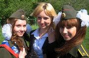 俄军校漂亮女生毕业各种狂欢