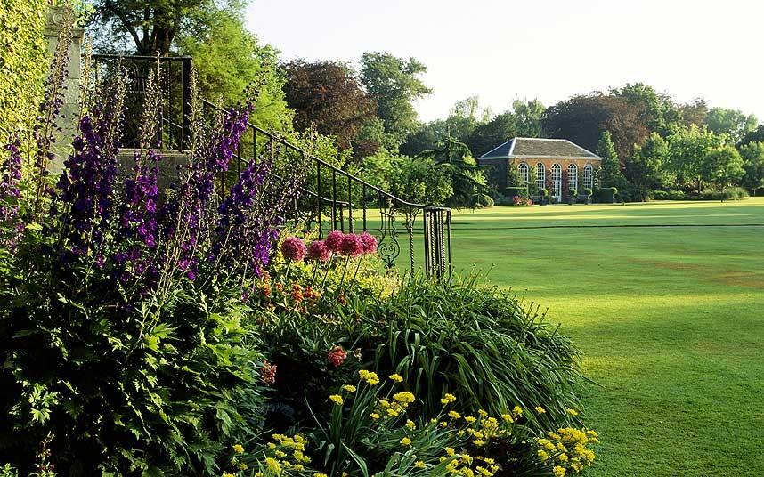 太美了!英国9大仙境般神奇花园 处处弥漫沁人...