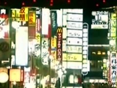 蒋述日本:歌舞伎町案内人震后救灾