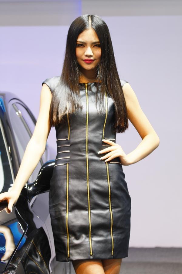 2013重庆车展靓丽车模第二季