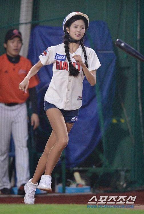 诱惑 韩国 棒球/韩国棒球女郎热裤劲舞(6/40)