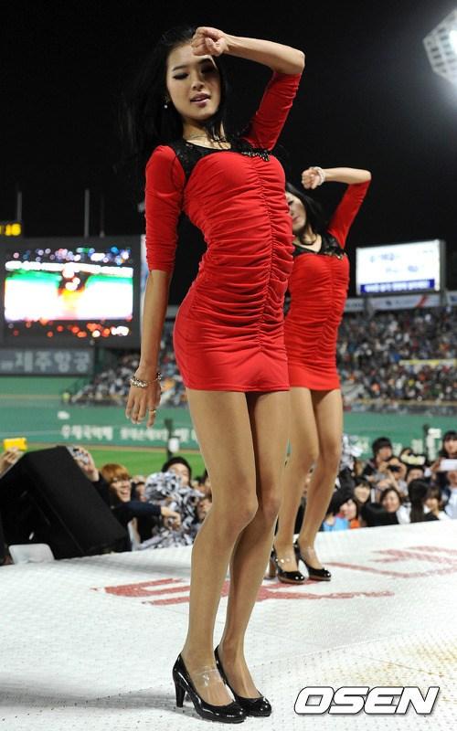 韩国/韩国棒球女郎热裤劲舞(33/40)