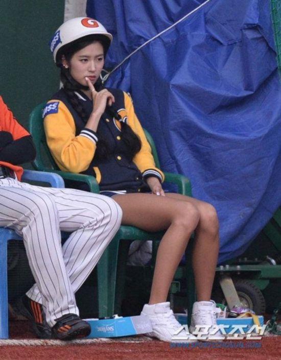 诱惑 韩国 棒球/韩国棒球女郎热裤劲舞(19/40)