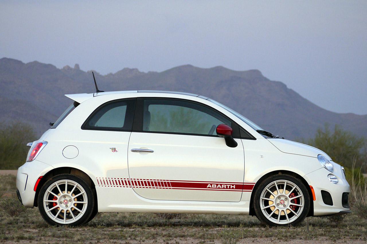 菲亚特第100万辆500轿车从波兰 诞生