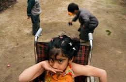 伊拉克战争背后:被援助再被遗忘的残疾女孩