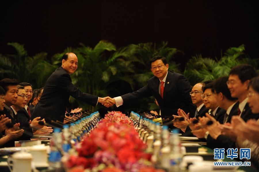 快讯:两岸两会领导人第九次会谈在上海举行