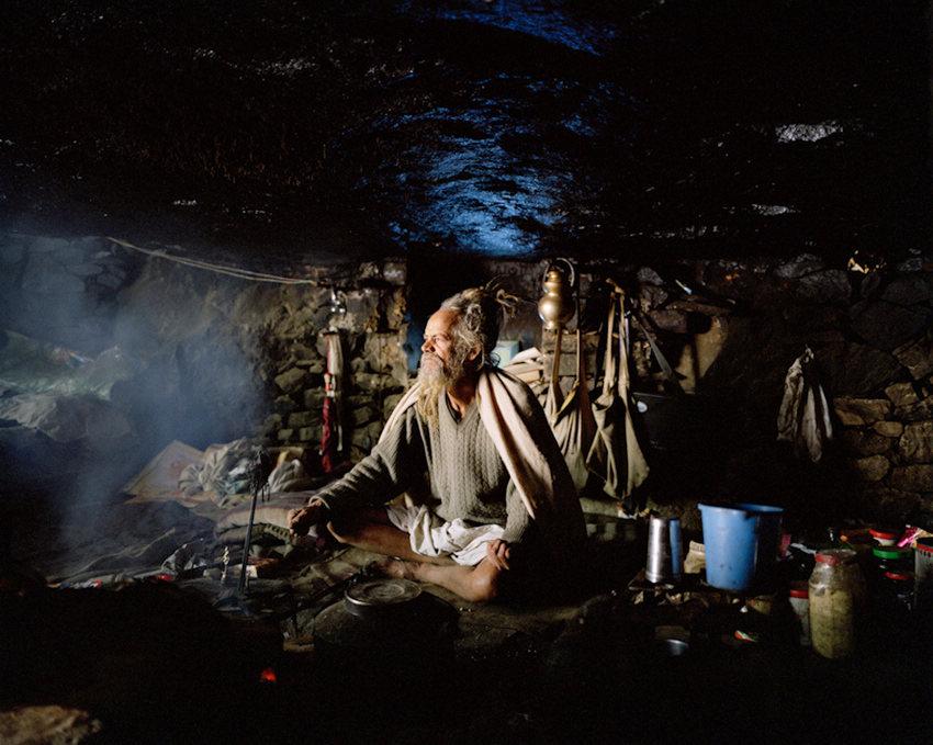 摄影师纪录朝圣者的神秘生活