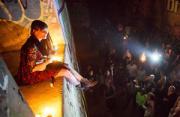 纪实摄影:月亮与烛火的聚会