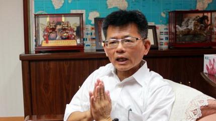 杨秋兴重回蓝军:现在的国民党已经脱胎换骨