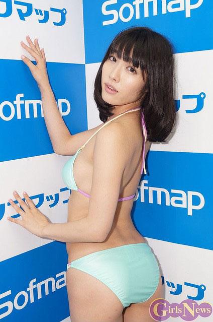 今野杏南推出最新写真