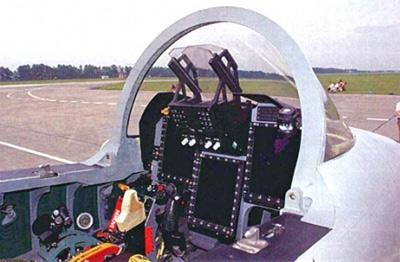 枭龙战机的座舱航电比较先进