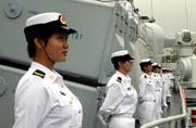 联合军演中解放军女兵